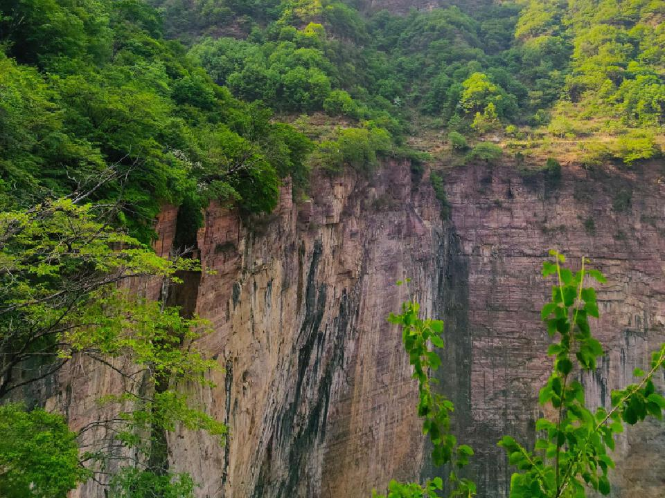 悬崖 2.jpg