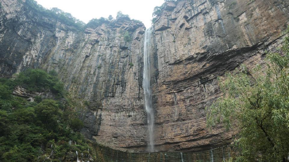 天河瀑布.jpg